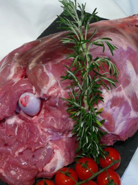 Gigot d'agneau avec os
