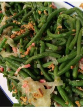 Salade de haricots verts au lard