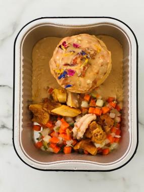 Corolle de sole, mousse d'écrevisses, mélange de baby-champignons, crème forestière